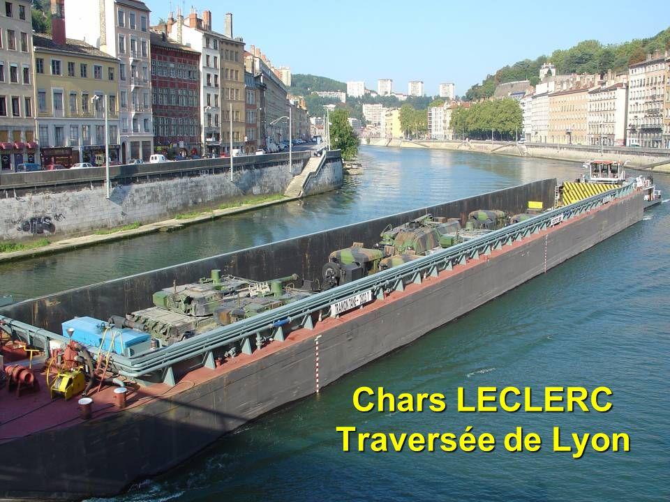 Chars LECLERC Traversée de Lyon