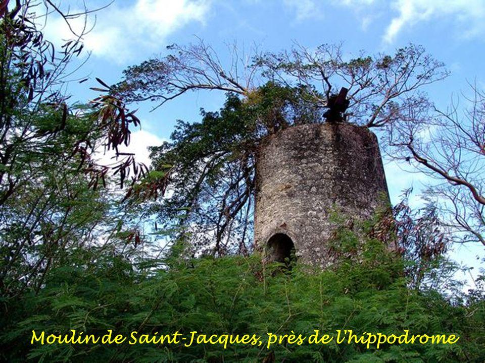 Moulin de Saint-Jacques, près de l hippodrome