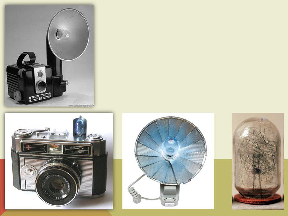En 1927, General Electric en Angleterre fut la première société à produire des ampoules flash.