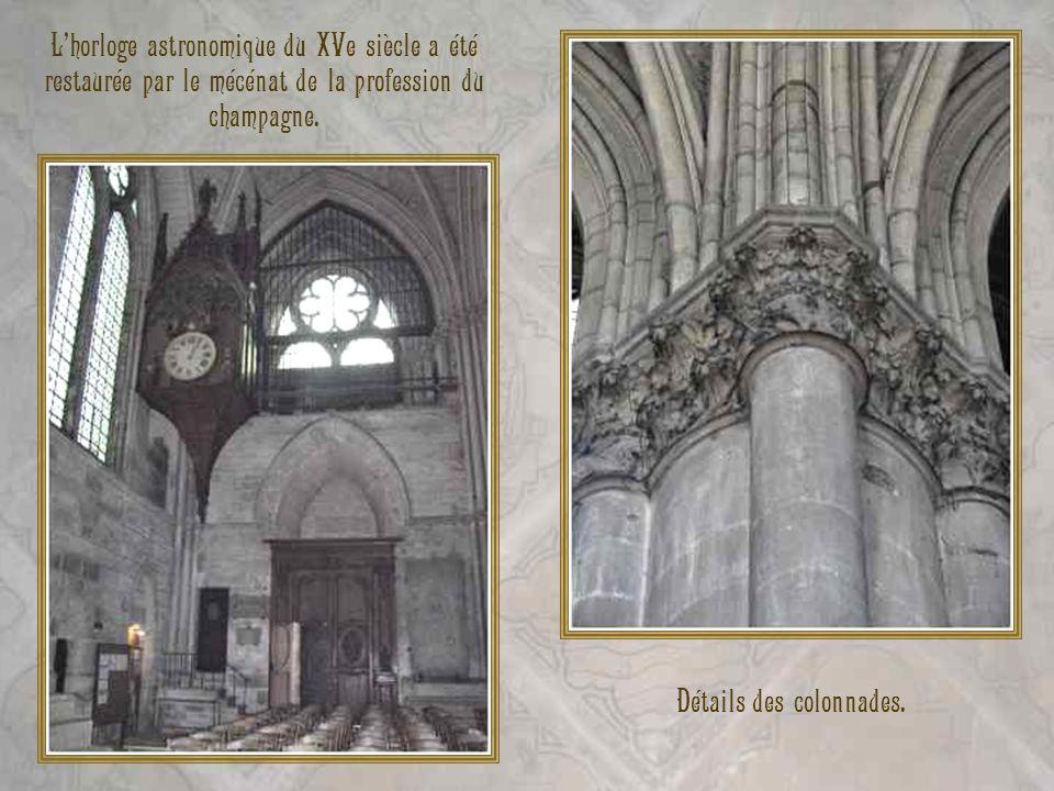 Détails des colonnades.