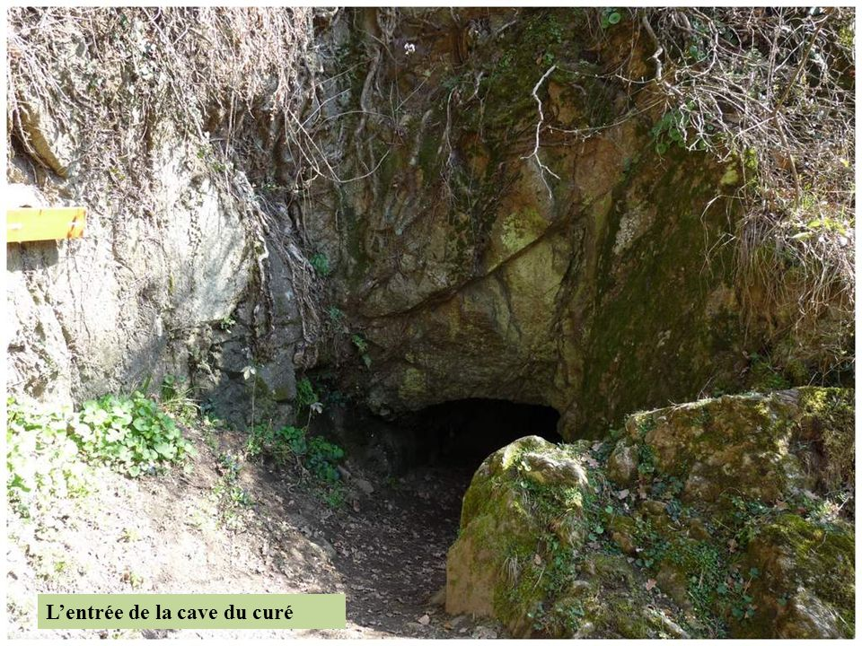 L'entrée de la cave du curé