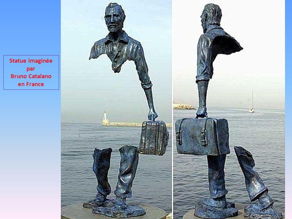 Statue imaginée par Bruno Catalano en France