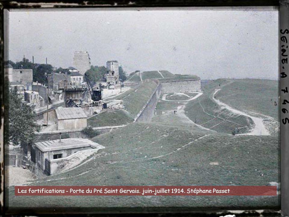 Les fortifications - Porte du Pré Saint Gervais. juin-juillet 1914