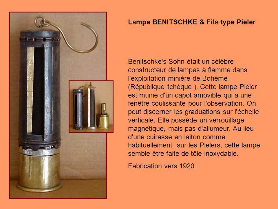 Lampe BENITSCHKE & Fils type Pieler