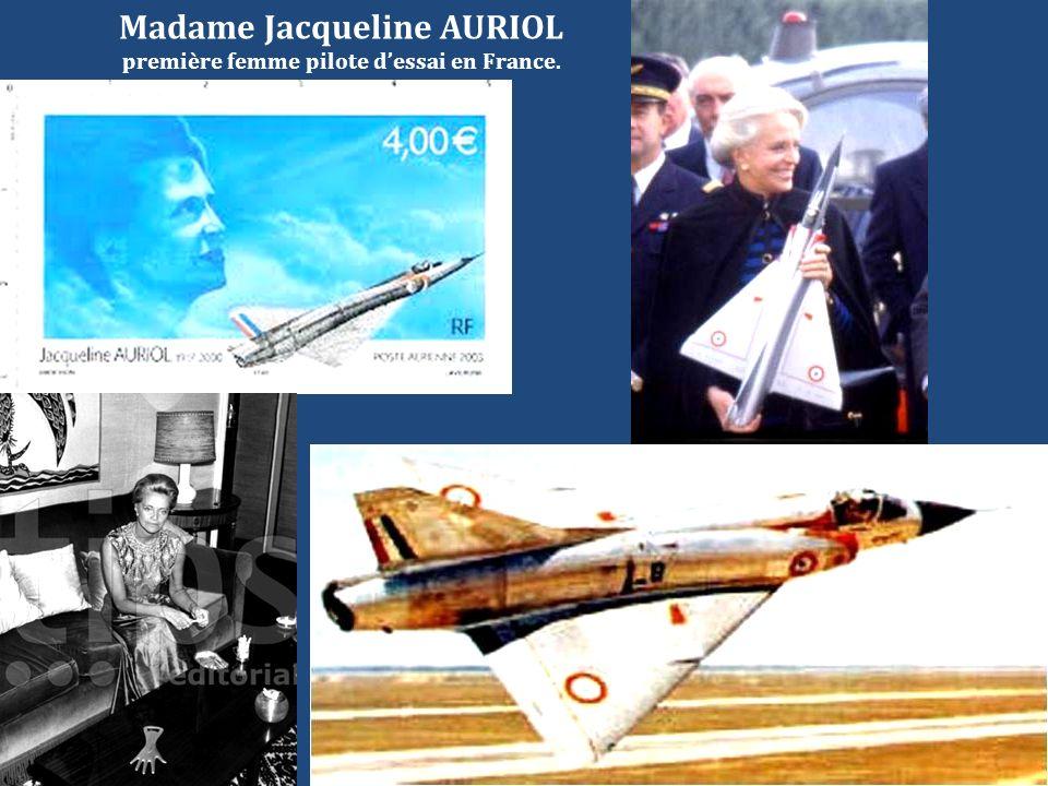 Madame Jacqueline AURIOL première femme pilote d'essai en France.