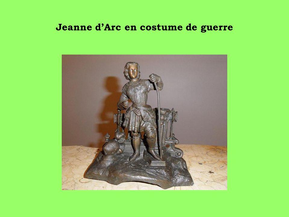 Jeanne d'Arc en costume de guerre