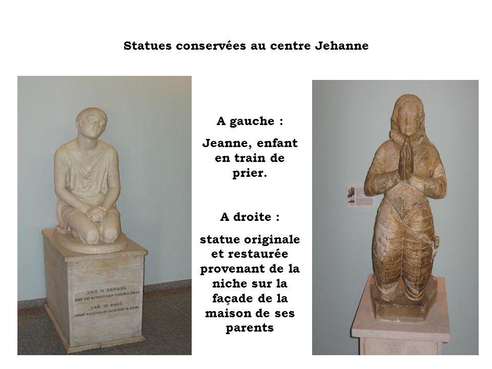 Statues conservées au centre Jehanne