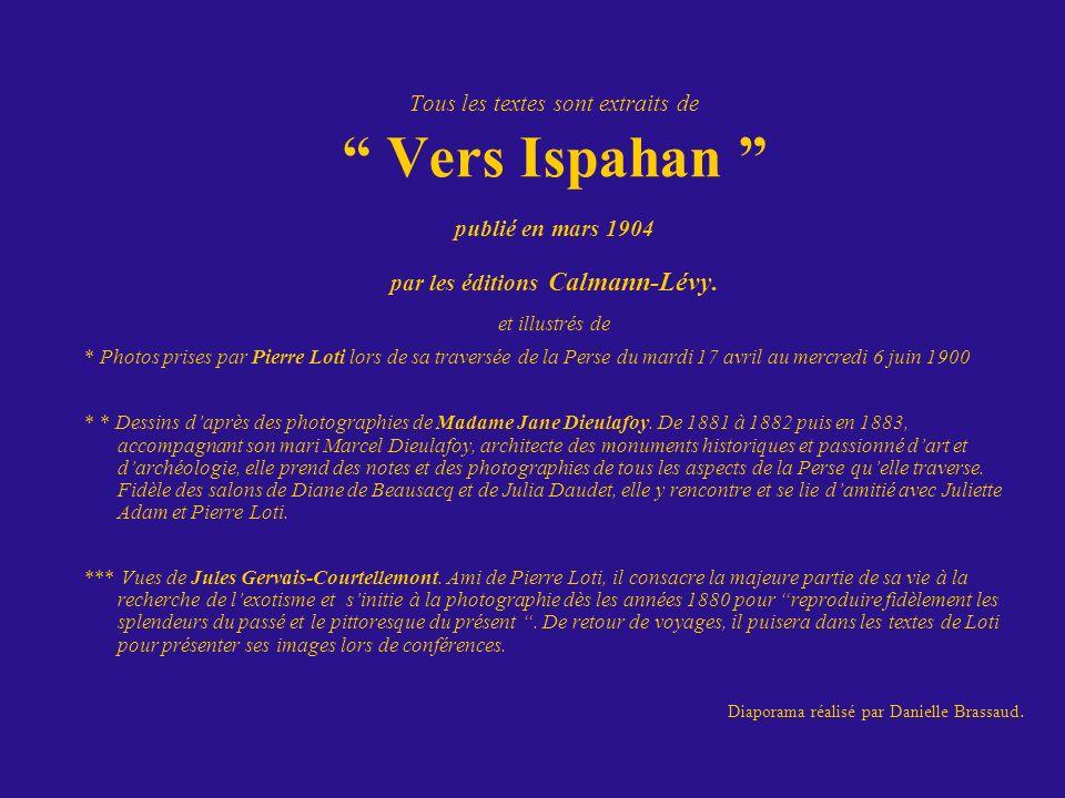 par les éditions Calmann-Lévy.