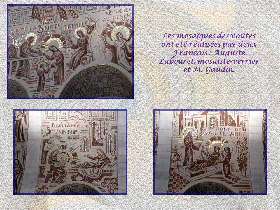 Les mosaïques des voûtes ont été réalisées par deux Français : Auguste Labouret, mosaïste-verrier et M.
