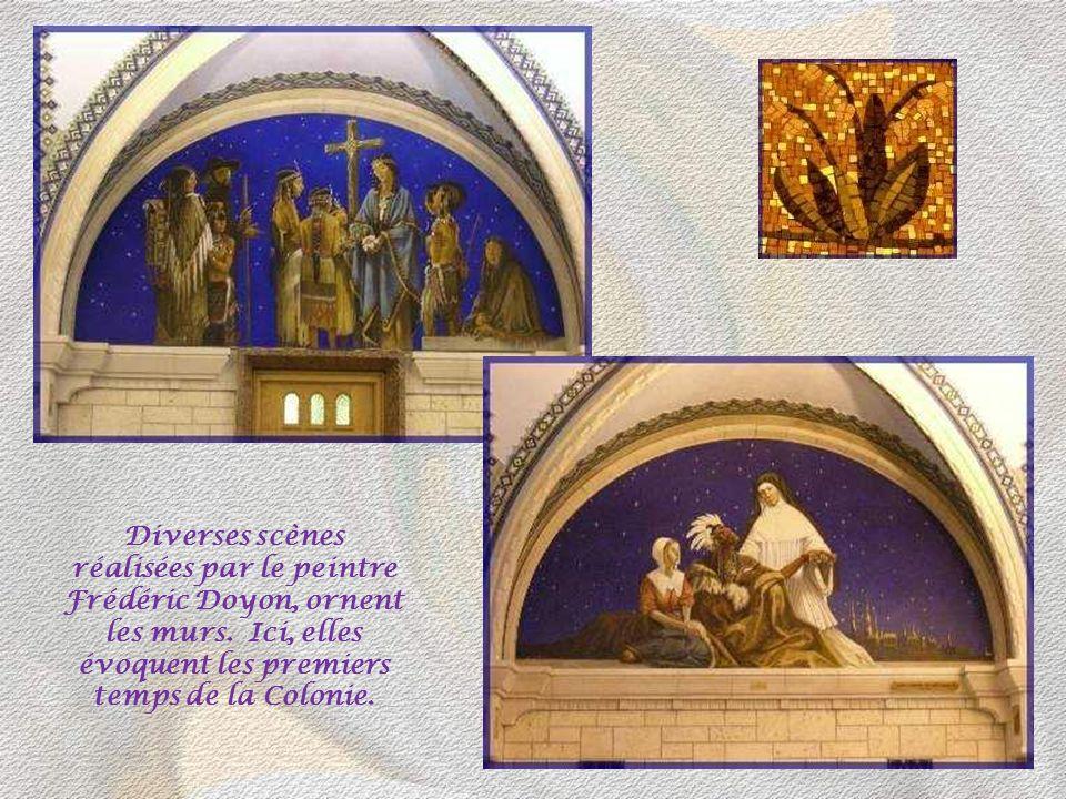 Diverses scènes réalisées par le peintre Frédéric Doyon, ornent les murs.