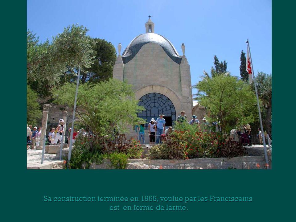 Sa construction terminée en 1955, voulue par les Franciscains