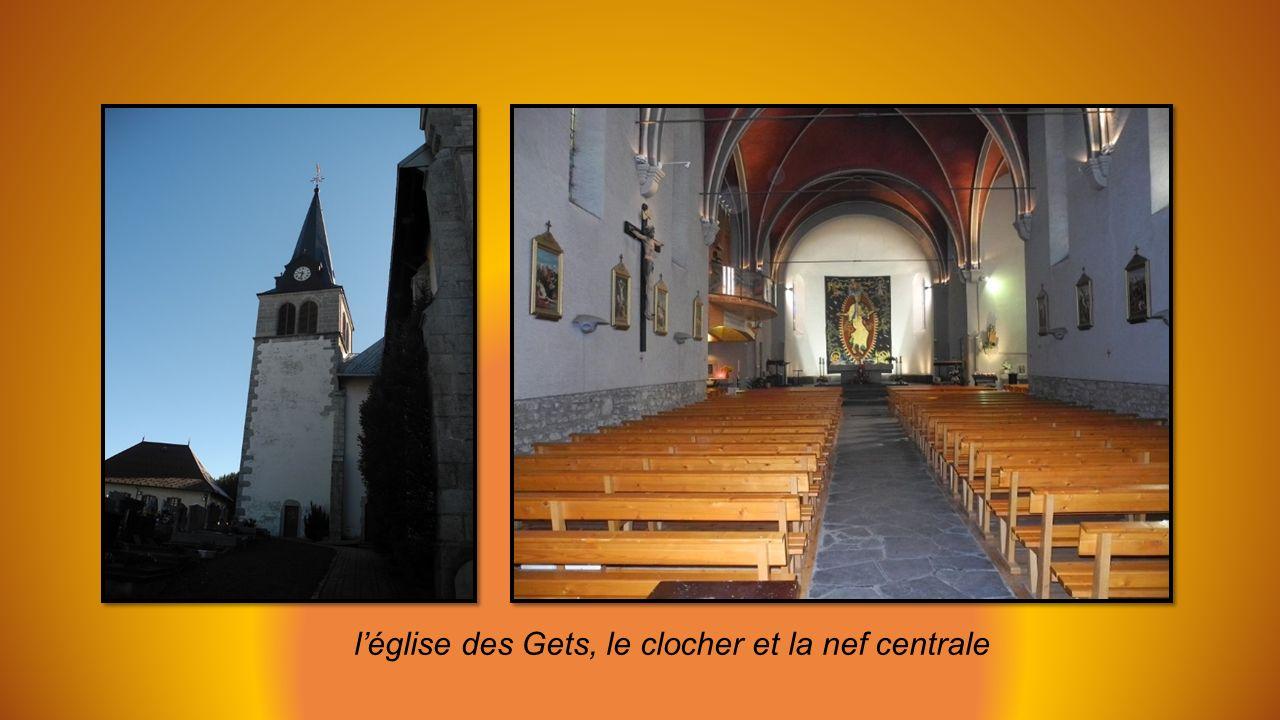 l'église des Gets, le clocher et la nef centrale