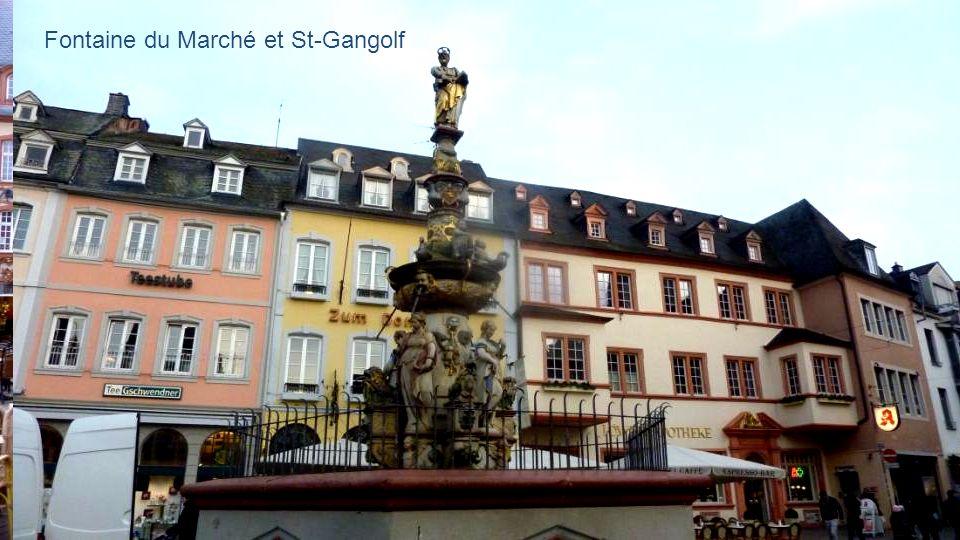 Fontaine du Marché et St-Gangolf