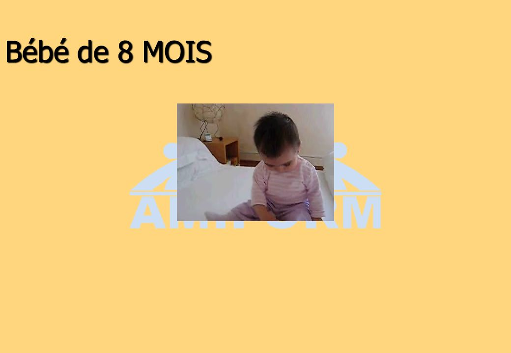 Bébé de 8 MOIS 25