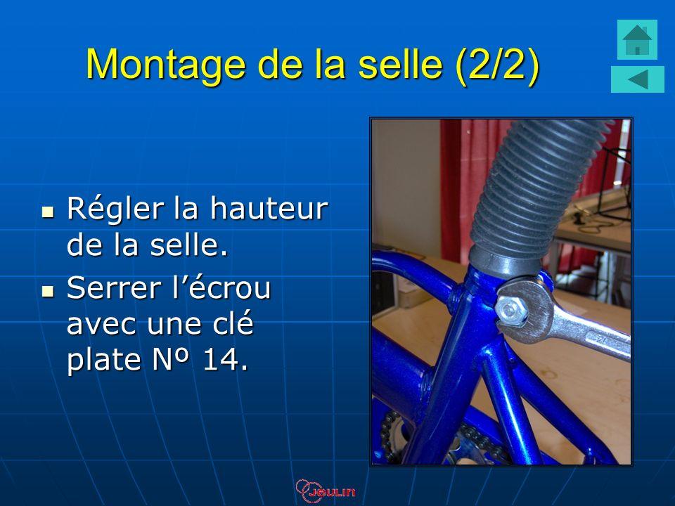 Montage de la selle (2/2) Régler la hauteur de la selle.