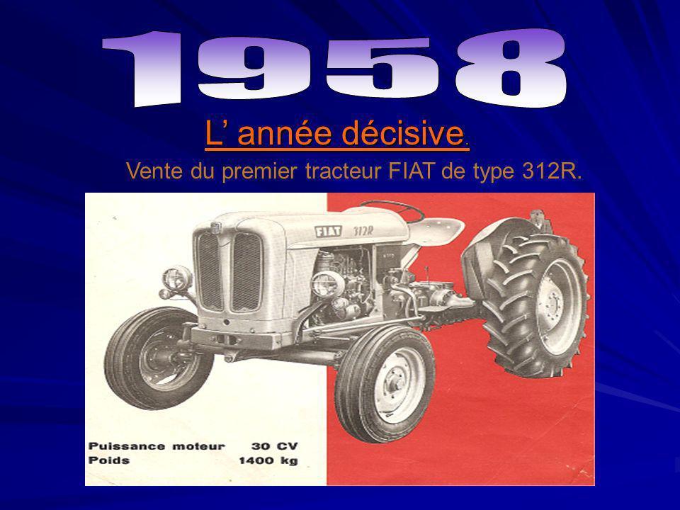Vente du premier tracteur FIAT de type 312R.