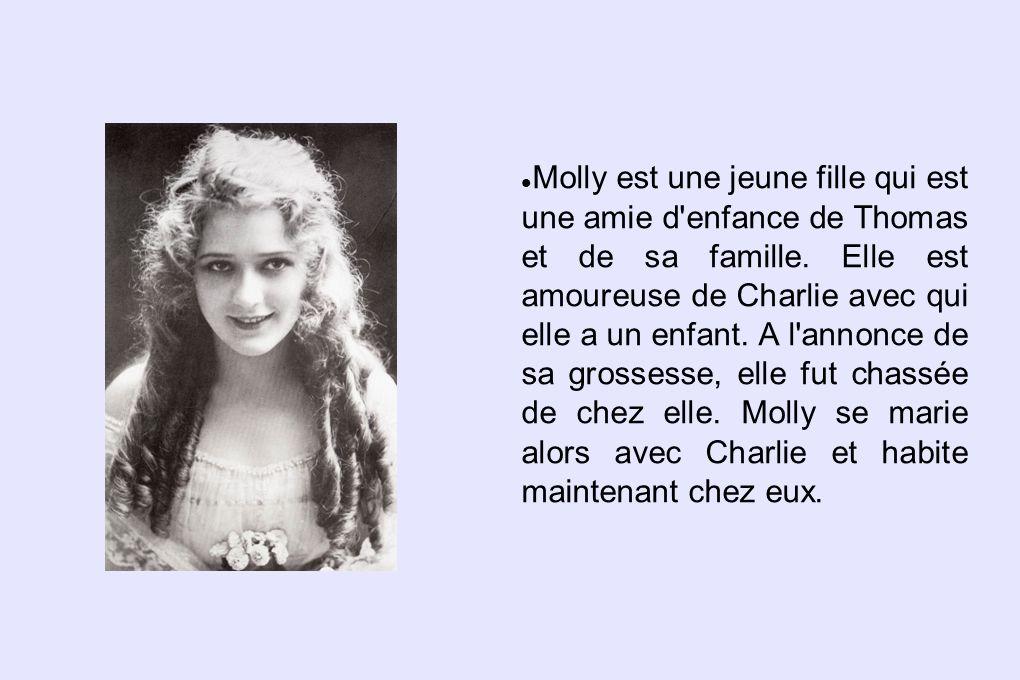 Molly est une jeune fille qui est une amie d enfance de Thomas et de sa famille.