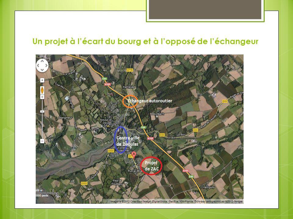 Un projet à l'écart du bourg et à l'opposé de l'échangeur