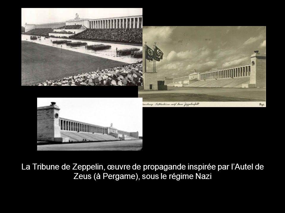 La Tribune de Zeppelin, œuvre de propagande inspirée par l'Autel de Zeus (à Pergame), sous le régime Nazi
