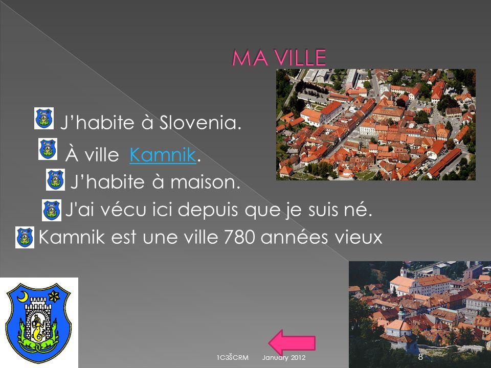 MA VILLE J'habite à Slovenia. À ville Kamnik. J'habite à maison. J ai vécu ici depuis que je suis né. Kamnik est une ville 780 années vieux .