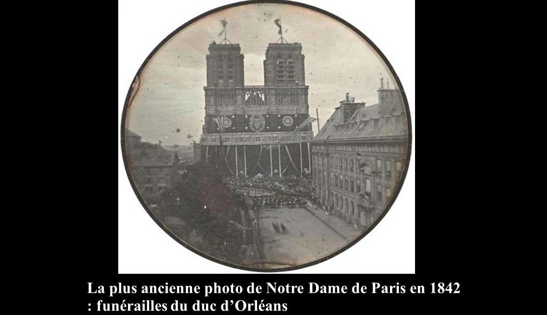 La plus ancienne photo de Notre Dame de Paris en 1842 : funérailles du duc d'Orléans