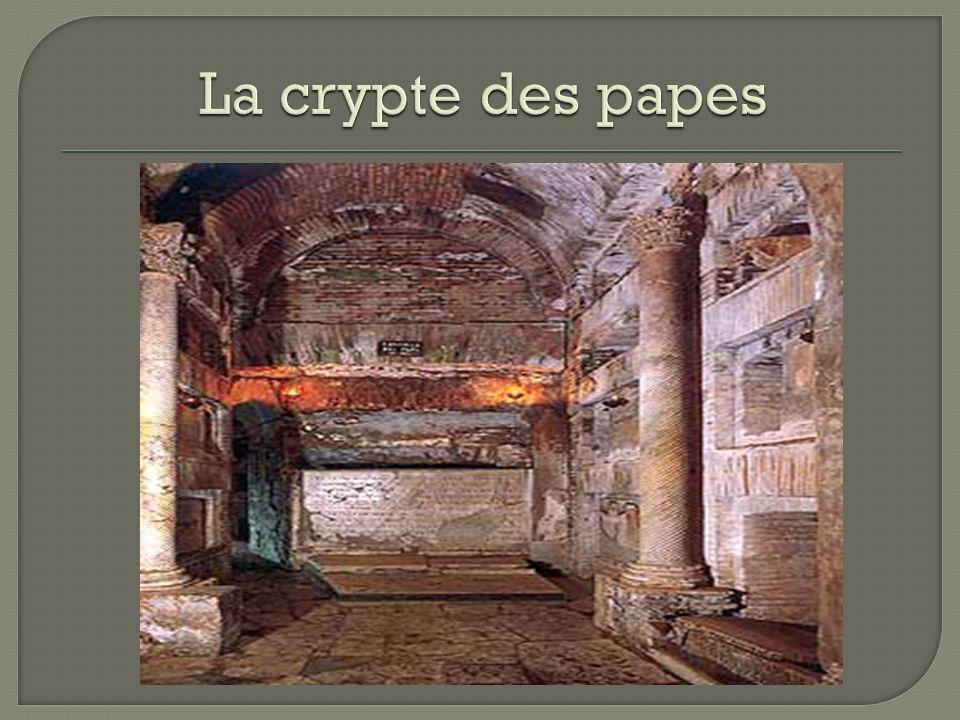 La crypte des papes