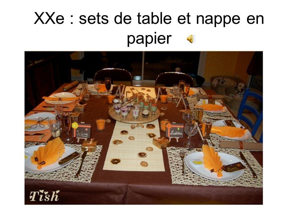 XXe : sets de table et nappe en papier