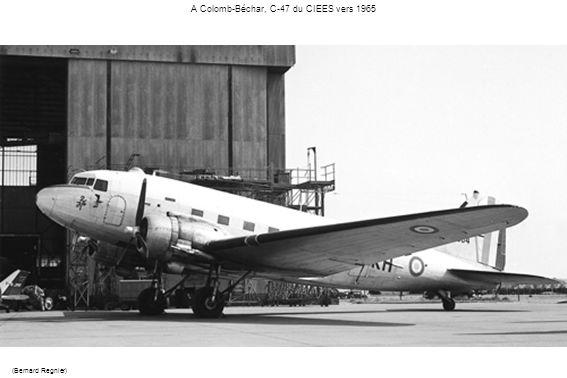 A Colomb-Béchar, C-47 du CIEES vers 1965
