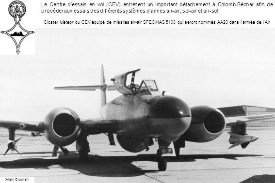 Le Centre d'essais en vol (CEV) entretient un important détachement à Colomb-Béchar afin de procéder aux essais des différents systèmes d'armes air-air, sol-air et air-sol.