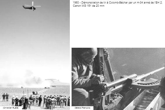 1960 - Démonstration de tir à Colomb-Béchar par un H-34 armé de l'EH 2.