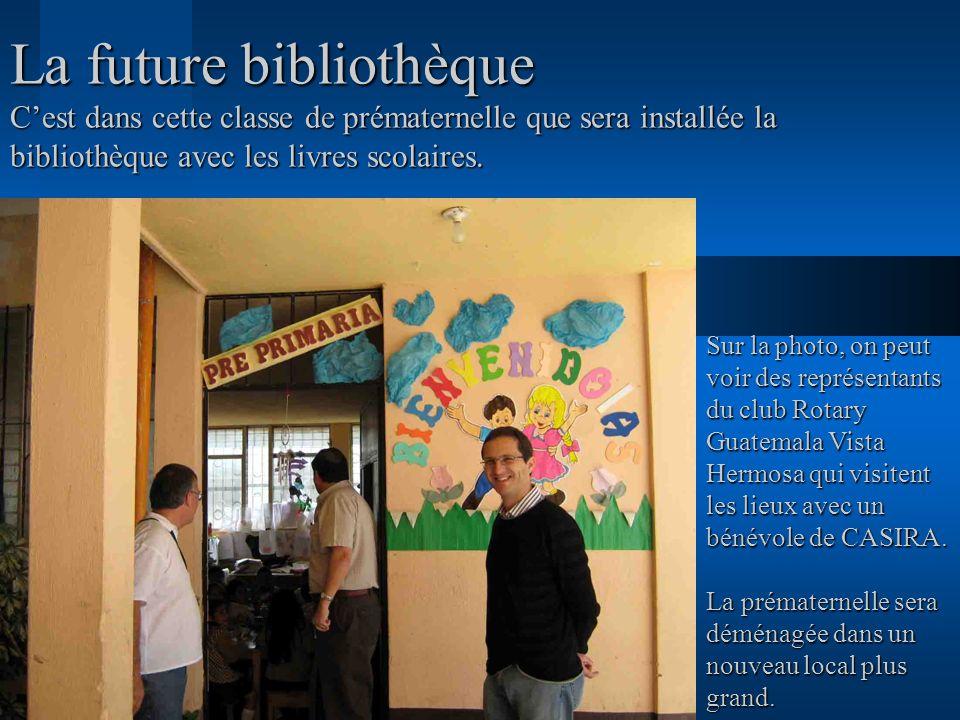 La future bibliothèque C'est dans cette classe de prématernelle que sera installée la bibliothèque avec les livres scolaires.
