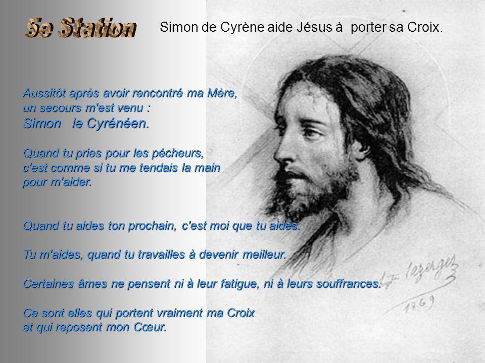 Simon de Cyrène aide Jésus à porter sa Croix.