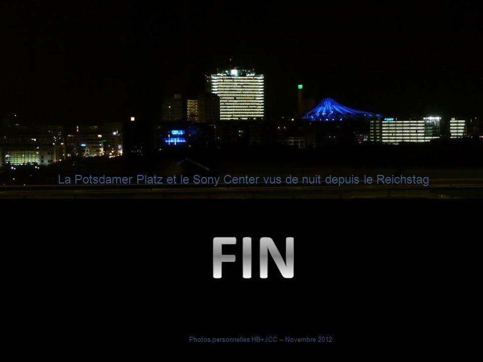 La Potsdamer Platz et le Sony Center vus de nuit depuis le Reichstag
