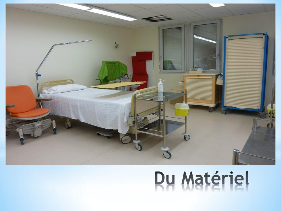 Tt cela pour permettre de présenter des locaux qui « simulent » à la fois une salle de soins et une chambre de patient