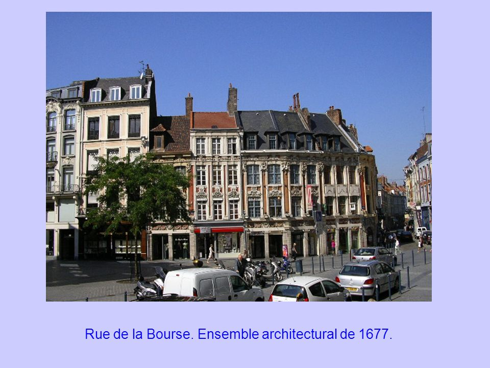 Rue de la Bourse. Ensemble architectural de 1677.