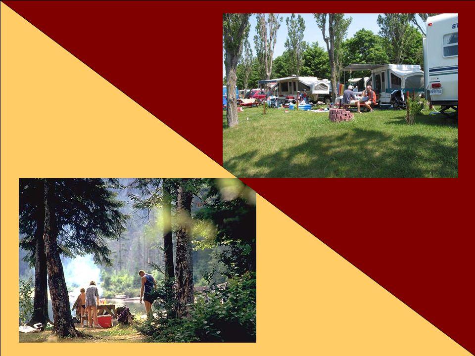 Par exemple, les exigences, attentes et besoins vont être fort différents selon qu'il s'agisse de campeurs en camping sauvage ou dans un terrain de camping roulottes.