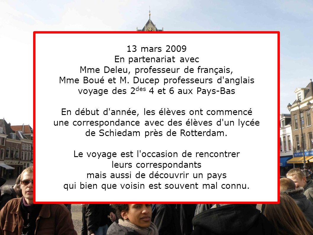 Mme Deleu, professeur de français,