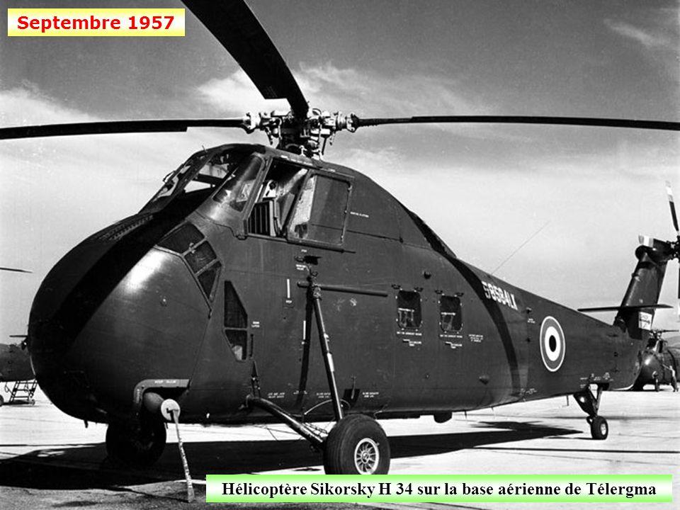 Hélicoptère Sikorsky H 34 sur la base aérienne de Télergma