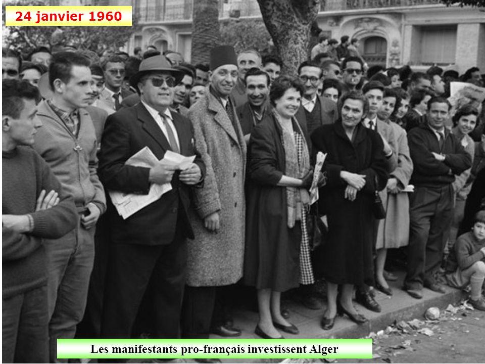 Les manifestants pro-français investissent Alger
