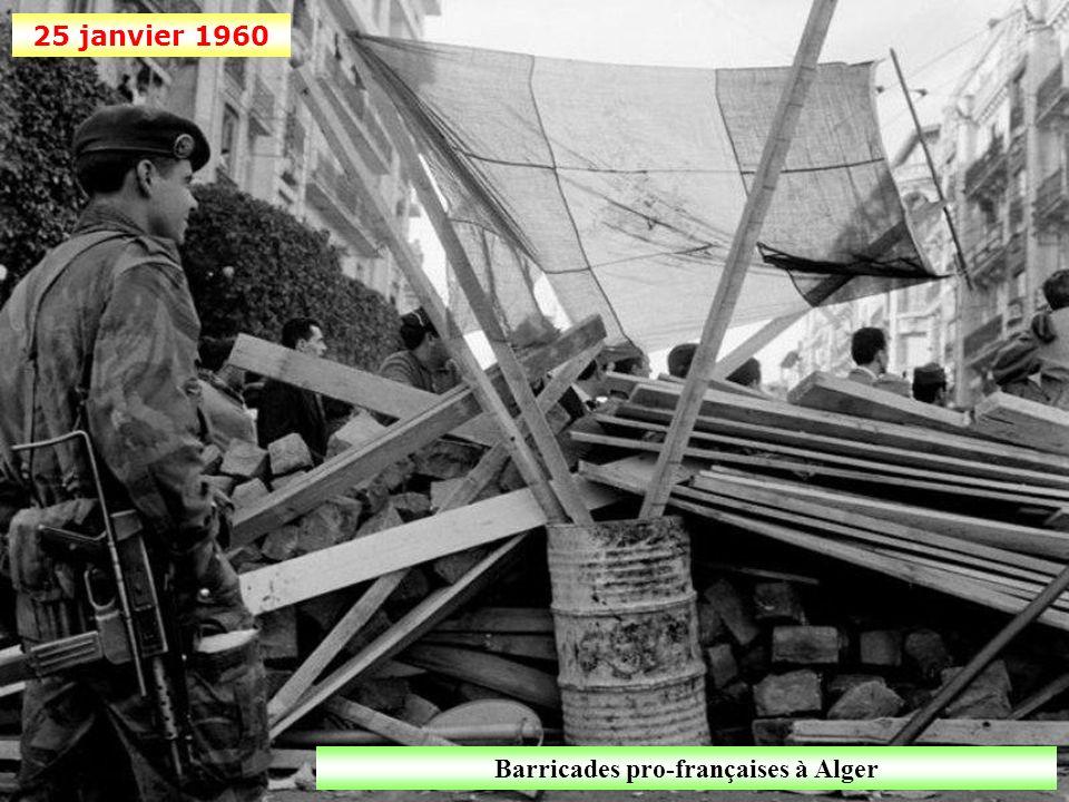 Barricades pro-françaises à Alger