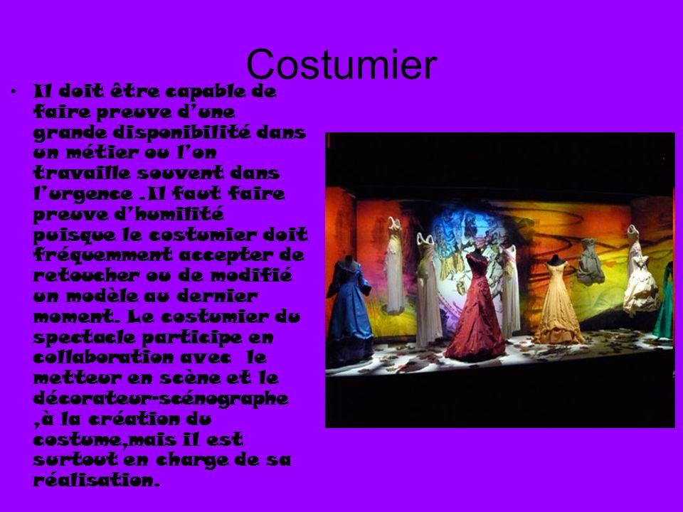 Costumier