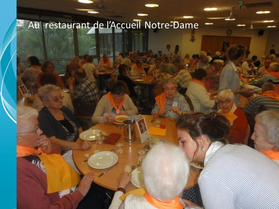 Au restaurant de l'Accueil Notre-Dame