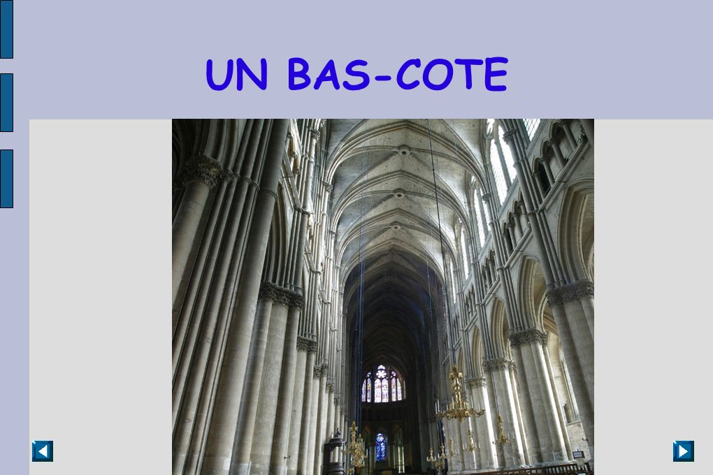 UN BAS-COTE