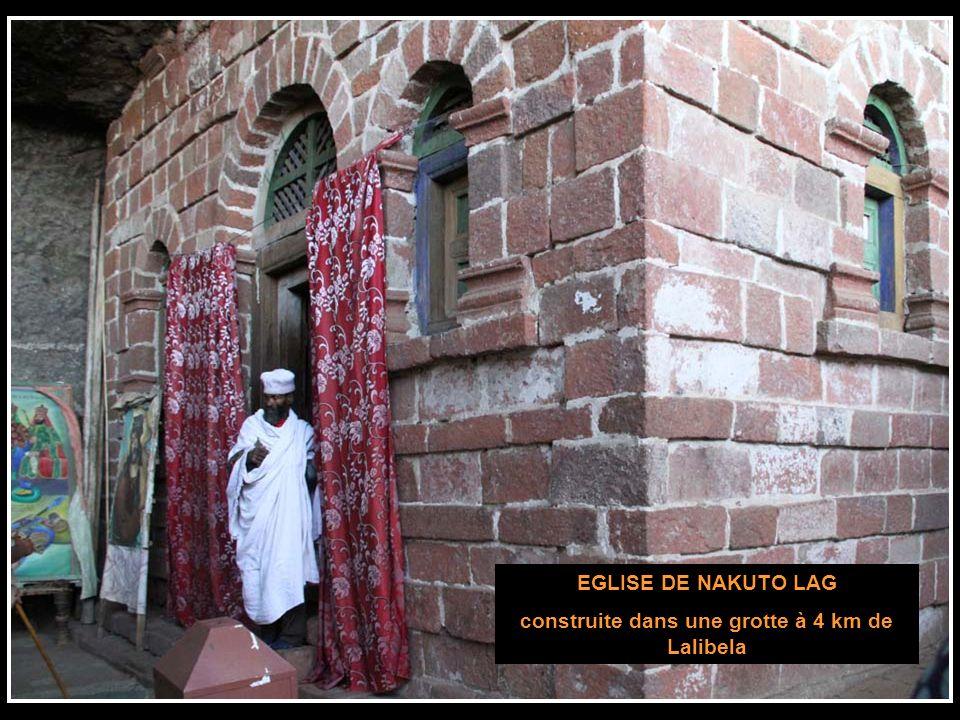 construite dans une grotte à 4 km de Lalibela