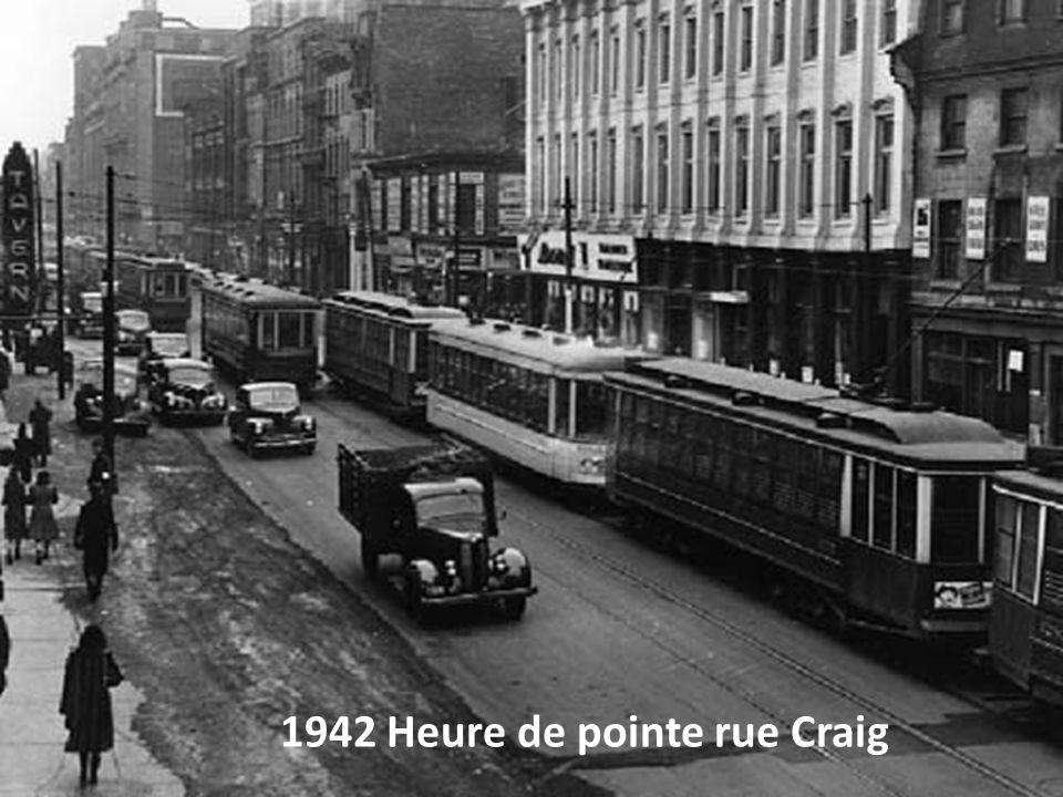 1942 Heure de pointe rue Craig
