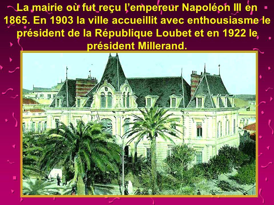 La mairie où fut reçu l'empereur Napoléon III en 1865