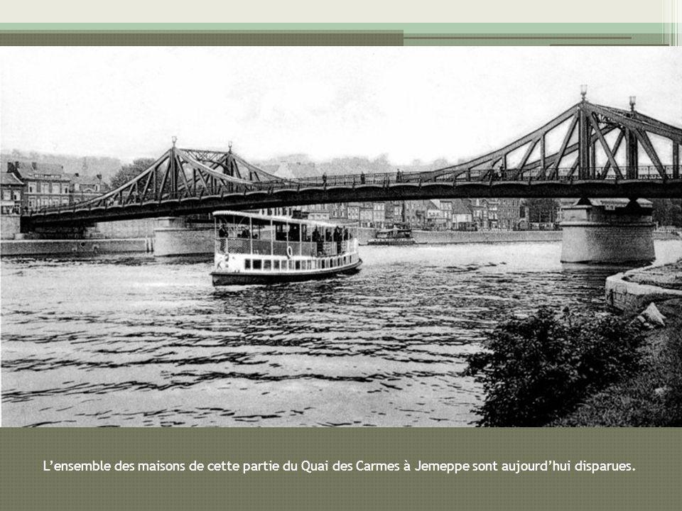 L'ensemble des maisons de cette partie du Quai des Carmes à Jemeppe sont aujourd'hui disparues.