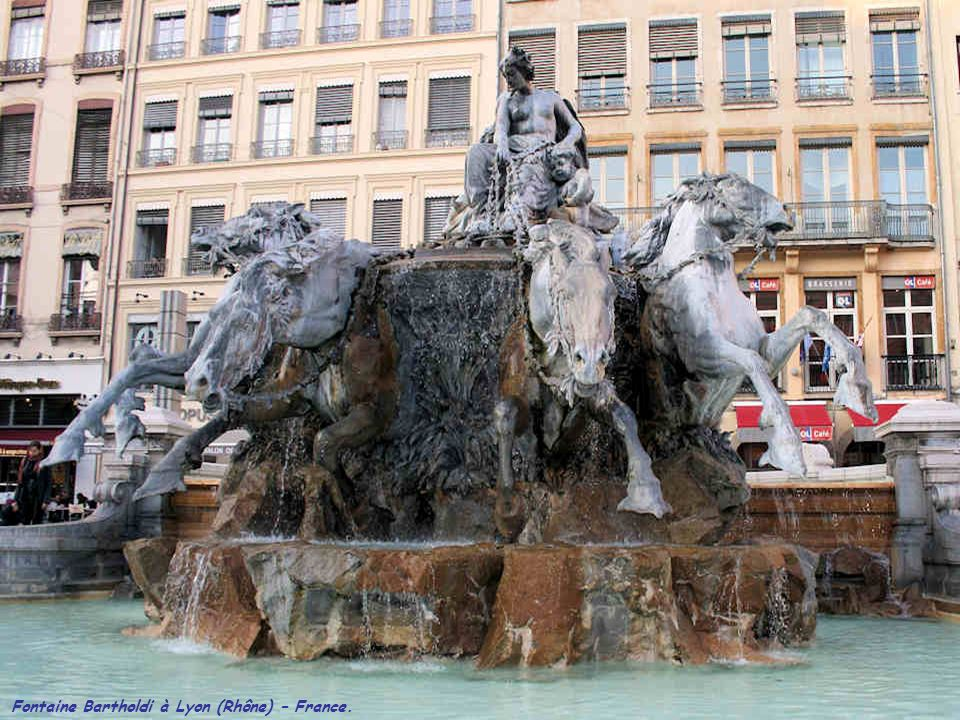Fontaine Bartholdi à Lyon (Rhône) – France.