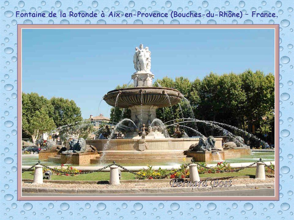 Fontaine de la Rotonde à Aix-en-Provence (Bouches-du-Rhône) – France.