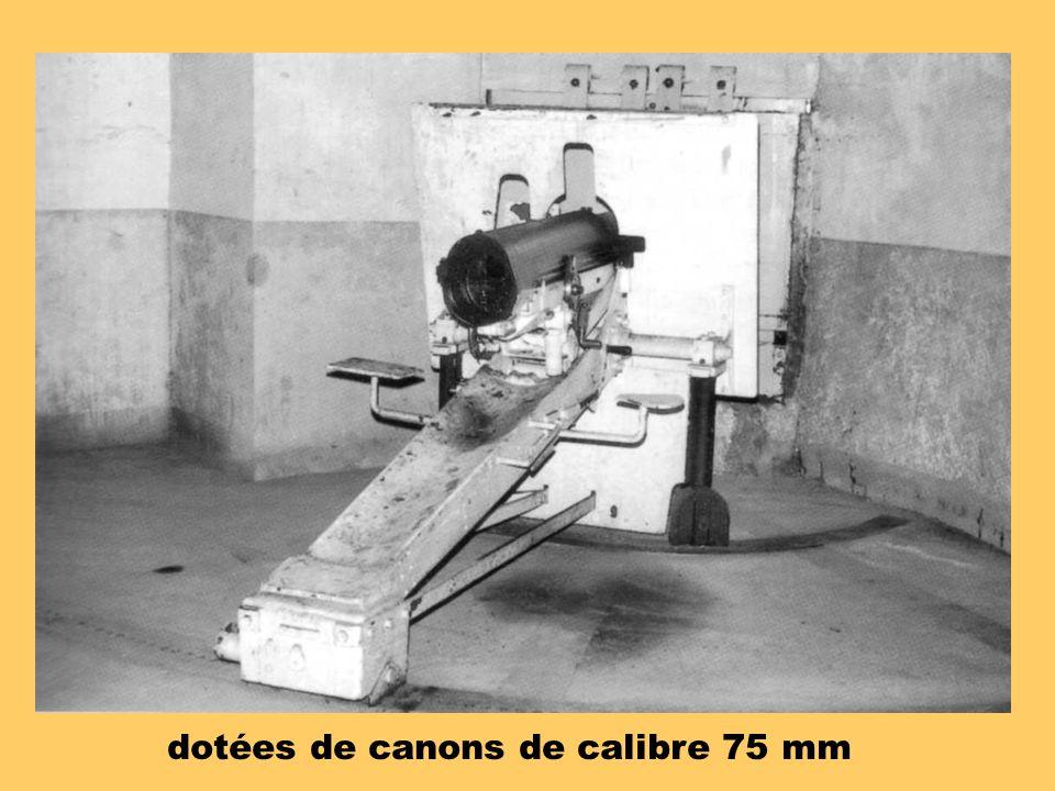 dotées de canons de calibre 75 mm